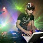 AC Slater, Sinden feat. Dread MC — Heavyweight Sound