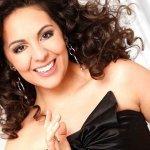 André Rieu & Johann Strauss Orchestra & Suzan Erens & Carmen Monarcha & Carla Maffioletti — One Hand, One Heart