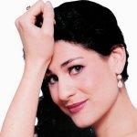 Anja Harteros — Recitativo: Temerari ...Aria: Come scoglio from Così fan tutte