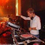 Armin — Communication (Vincent de Moor remix)