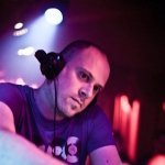 Bart Claessen & Dave Schiemann — Madness (Super8 & Tab Remix)