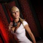 Claudia Cazacu vs. Vicky Devine — Glamour (Tech Trance Mix)