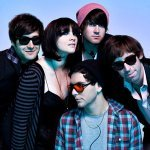 Cobra Starship feat. Icona Pop — Never Been In Love