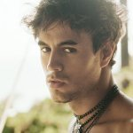 Enrique Iglesias & Nicole Scherzinger — Heartbeat
