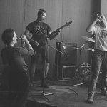 Escape & Даня Милохин — so low