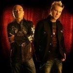 JJ Flores & Steve Smooth — Deep Inside These Walls