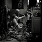 Junkie XL feat. Electrocute — Mad Pursuit