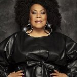 Martha Wash — Carry On (Tee's Crazy Mix)